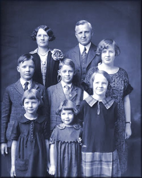 The Franklin & Estella Harris Family